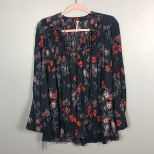FREE PEOPLE like new blouse with bottom fray